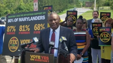 Alvin Thornton, former chairman of the Prince George's County school board, speaks Aug. 30 to educators and advocates, urging voters to approve a casino revenue ballot question in the Nov. 6 general election. (William J. Ford/The Washington Informer)