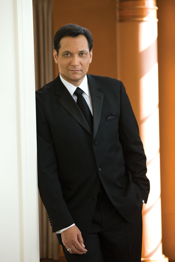 Noche de Gala: Jimmy Smits, Gala Co-Chair