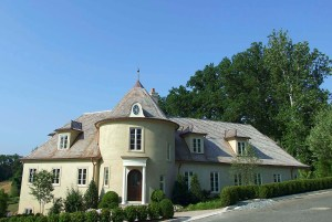 2133 Dunmore solf to a private trust for $3,310,000