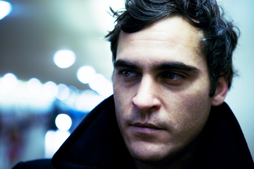 Joaquin phoenix is dating