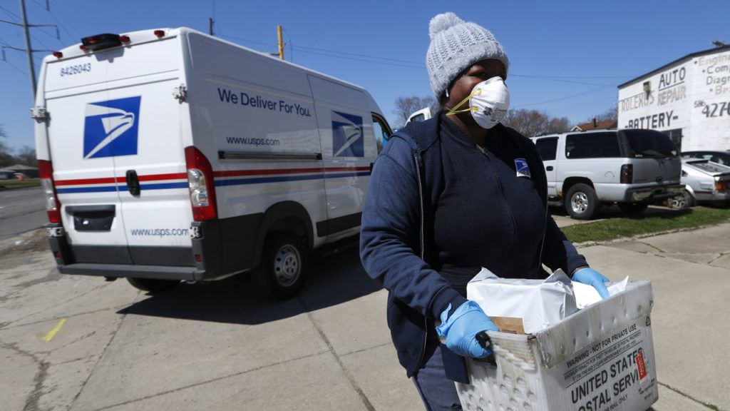White House To Mail In Face Masks To Americans