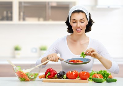 There Is A Link Between A Women's Diet And Breast Cancer