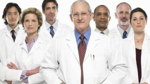 Physicians Wearing White Coats Rated More Experienced