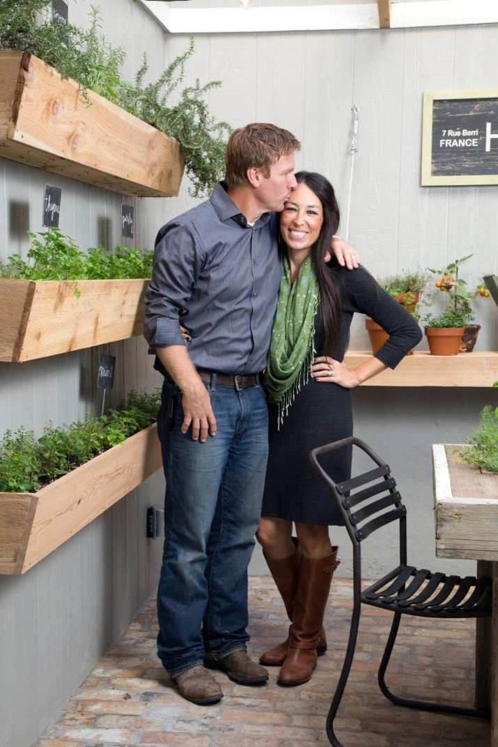 net worth of chip and joanna gaines 2018