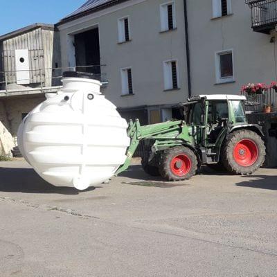 Quellwasserbehälter-Trockeneinstieg-Einbau