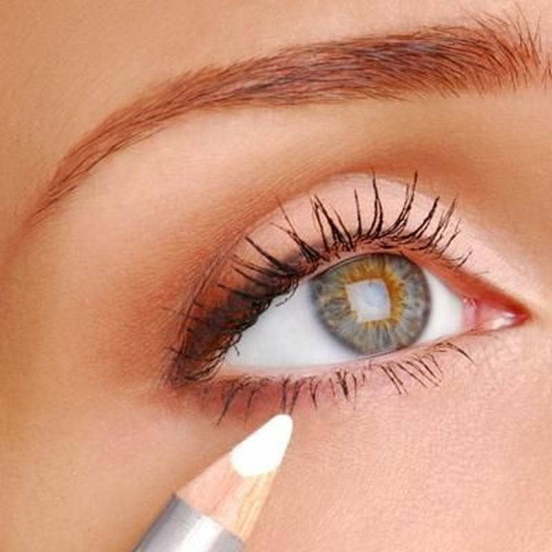 Easily Eye Makeup for Women