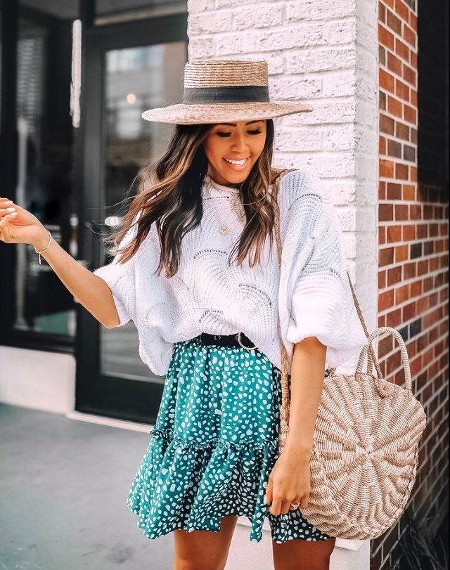 Beautiful Women Weekend Outfits Ideas For Summer