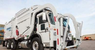 McNeilus Front Loaders