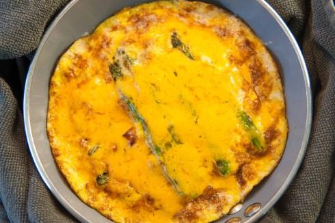 ASPARAGUS: Asparagus omelette
