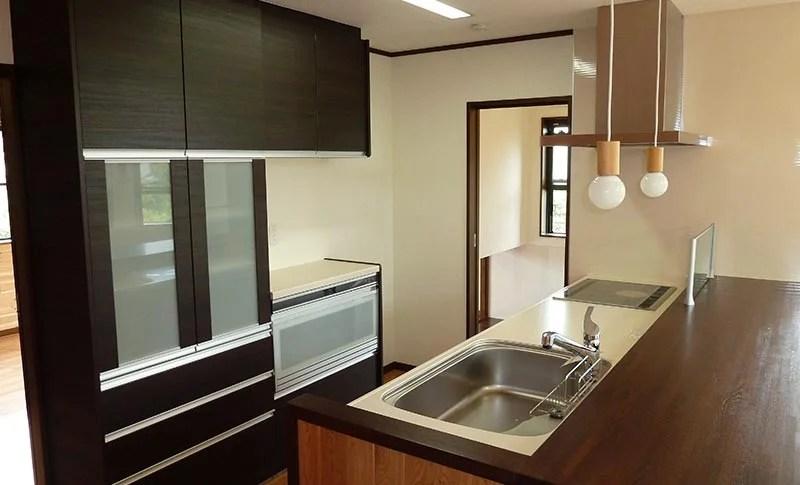 ワンちゃんと暮らす家-オープンなキッチン-
