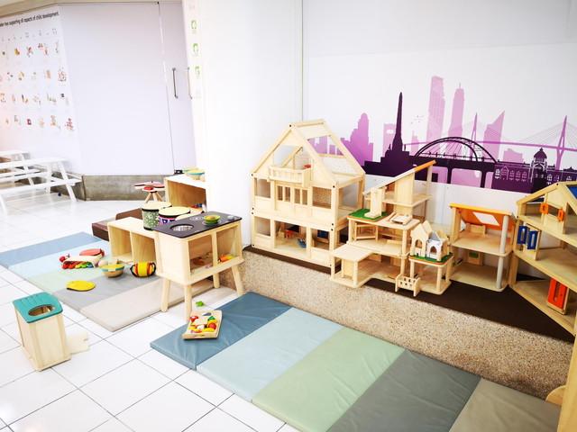 木の知育玩具が可愛いPLANTOYS プラントイ のバンコク本店詳細情報。遊び場やタイで購入した場合の金額一覧公開!