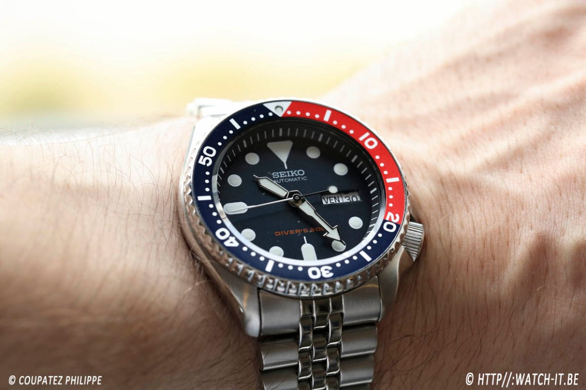 seiko-skx009k2-wrist