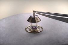 Chronomètre_FERDINAND_BERTHOUD_FB_making_of_ Power reserve cone assembling