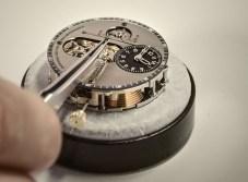 Chronomètre_FERDINAND_BERTHOUD_FB_making_of_Hands being set on the dial