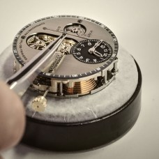 Chronomètre_FERDINAND_BERTHOUD_FB_making_of_Hands being set on the dial