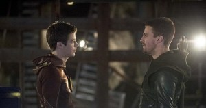 The Flash S01E08 – Flash vs. Arrow