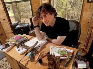 author-neil-gaiman-lost-his-laptop-full-of-private-material