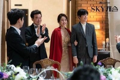 Lee Young-Jae és a családja, amikor bejutott a Seoul National University-re
