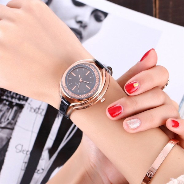 Casual Watch Leather Wrist Watch