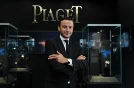 """""""El Double Jeu es una muestra de la capacidad relojera de la Maison; es posible equipar una misma pieza con dos movimientos y mantener un perfil discreto, elegante y puro"""": Franck Touzeau Director de Marketing de Piaget"""