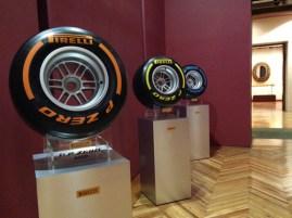 """Las nuevas """"gomas"""" de Pirelli para la F1, conoce más a través de memolira.com"""