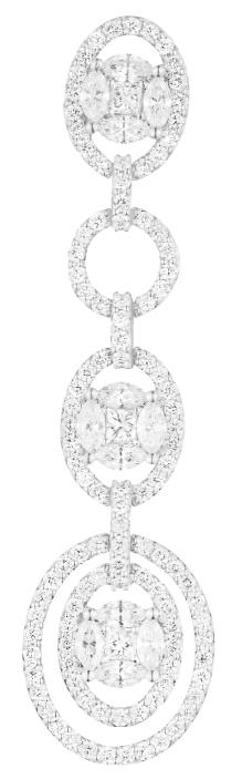 Aretes de la colección Mariée en oro blanco y diamantes.
