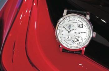 La cima de la tecnología: el modelo especial del Lange 1 Time Zone y el auto concepto de BMW i8.