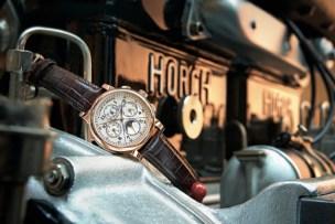 1815 Rattrapante Perpetual Calendar montado sobre el motor de cuatro cilindros del Horch 1919.
