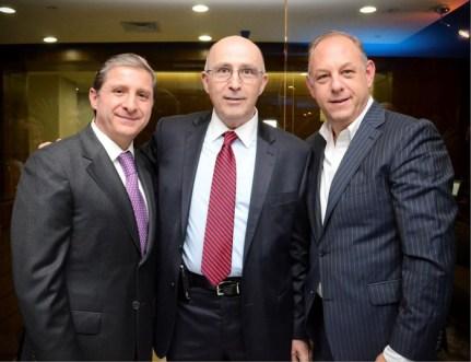 Pedro Guzmán, Dir. General de Sanborns, David Eskenazi y Ari Berger, Director General Berger Joyeros.