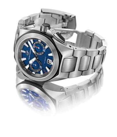 Chrono Hawk, brazalete en acero y carátula en azul metalizado.