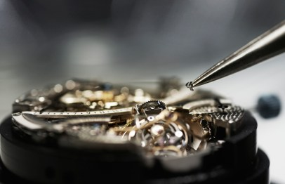 16-Assembly_Jaeger-LeCoultre