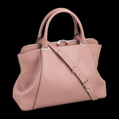 Bolso C de Cartier, Modelo pequeño Piel de torete color cuarzo rosa, acabados paladio.