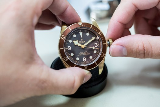 TUDOR-HERITAGE-BLACK-BAY-BRONZE-12