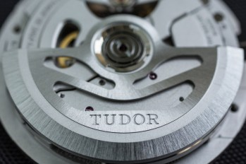 TUDOR-HERITAGE-BLACK-BAY-BRONZE-13