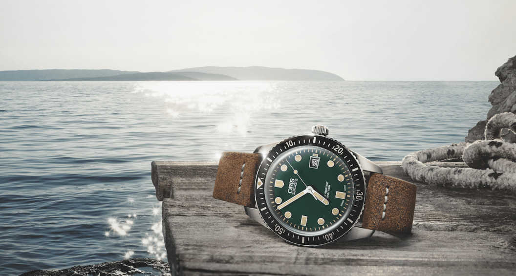 divers-sixty-five-green-dial-oris-1