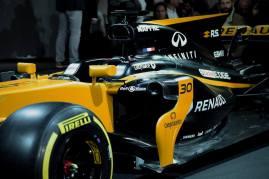 Bell-Ross-Renault-F1-2017-8