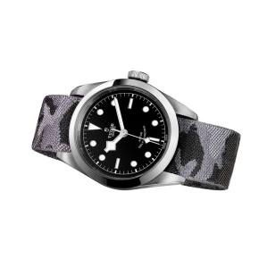 TUDOR-Heritage-Black-Bay-41-2017-5