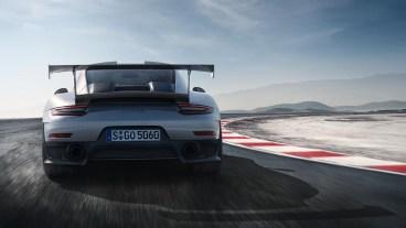 Porsche-GT2-RS-5