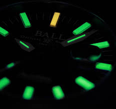 BALL-Watch-Engineer-CarboLight-IronLight-3