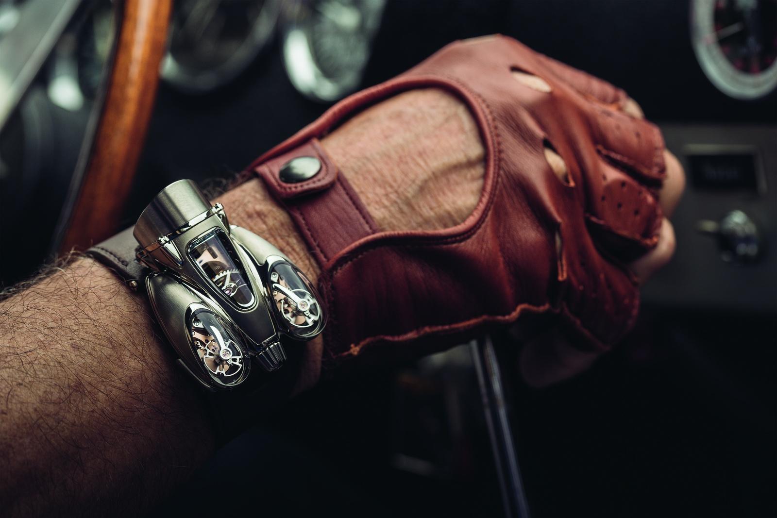 MB&F Horological Machine N°9 'Flow' HM9 wrist gear