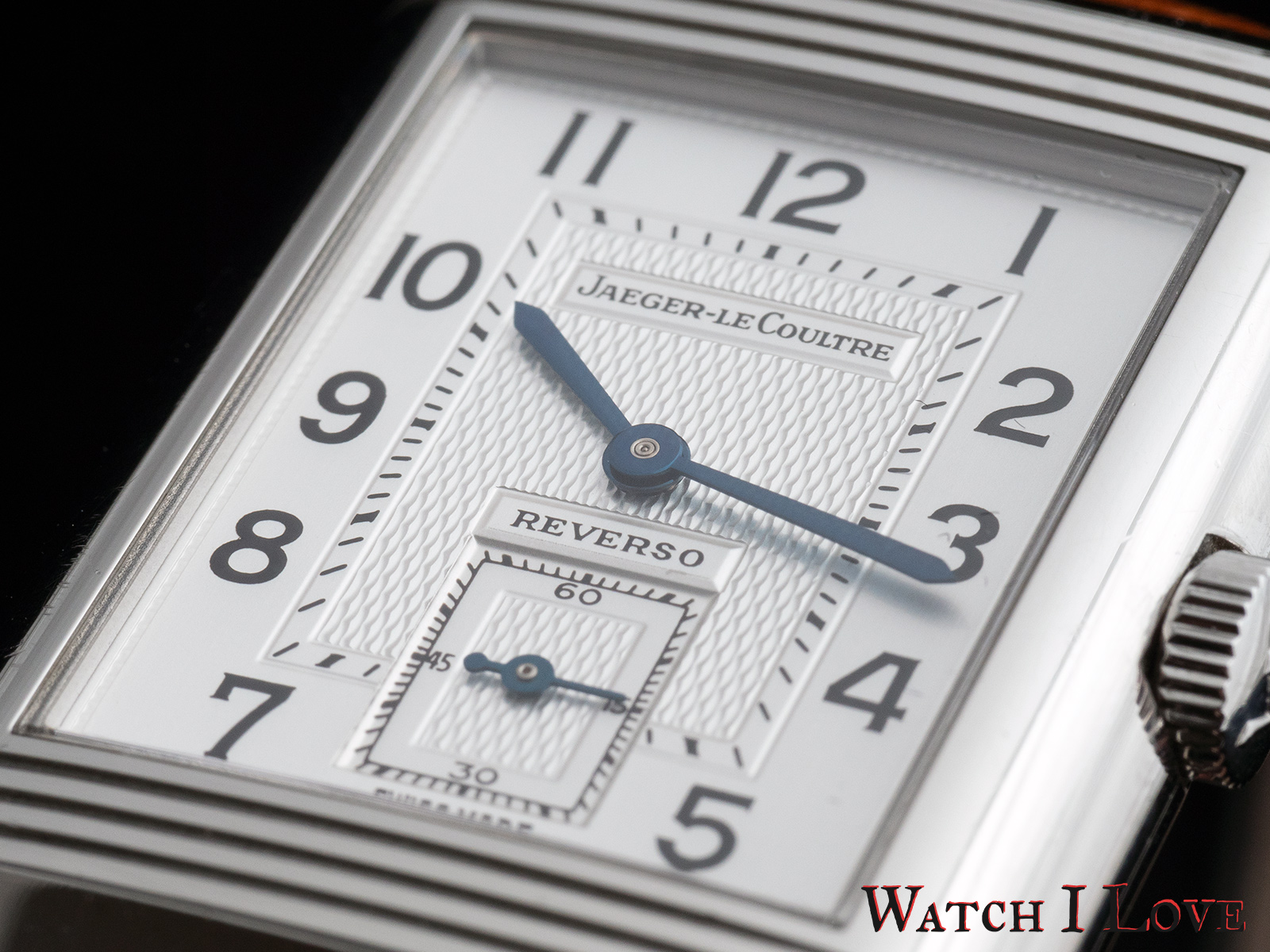 Jaeger-LeCoultre Reverso Duoface Day&Night dial details