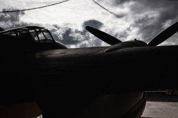 17_de-havilland-mosquito-in-the-de-havilland-aircraft-museum-2