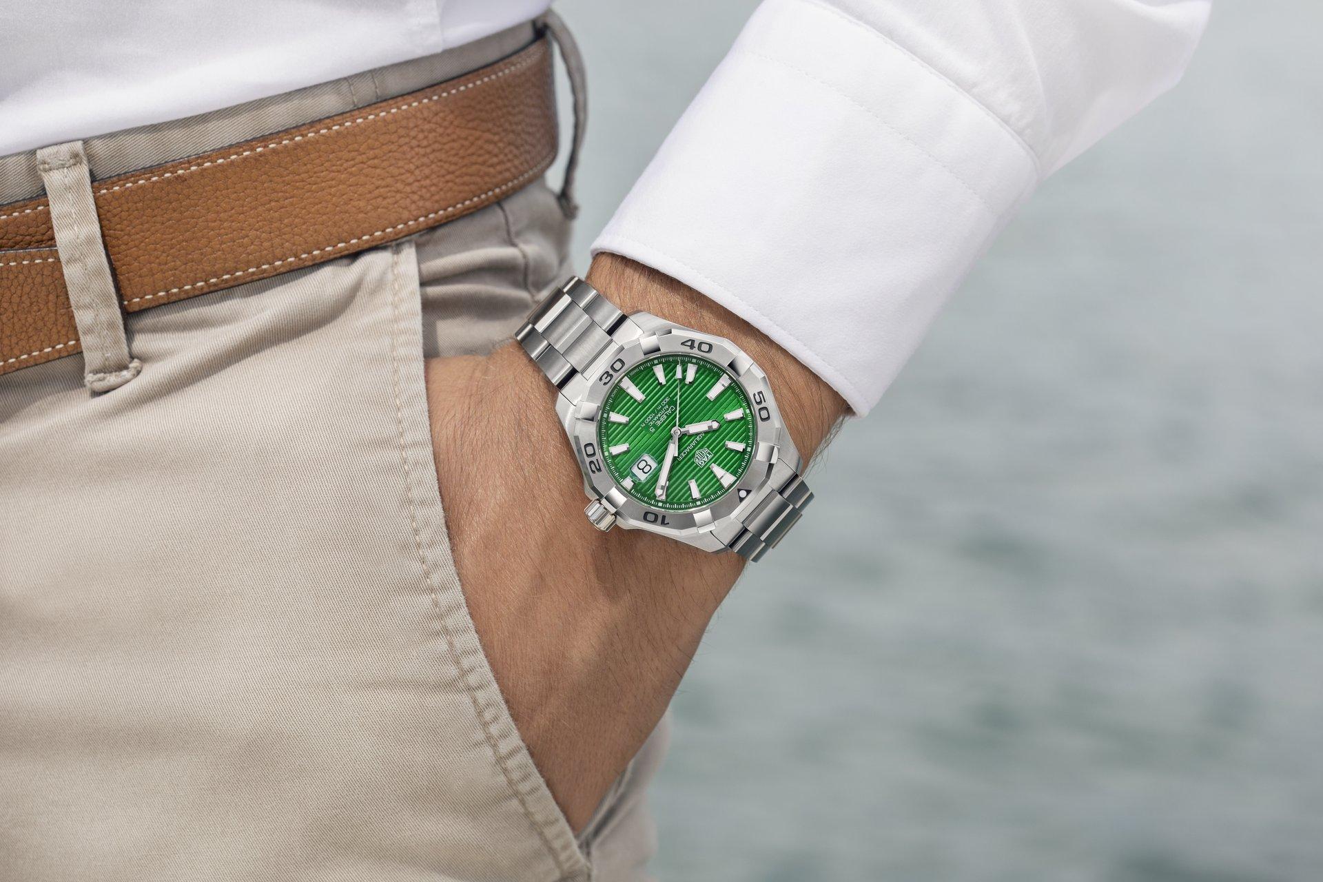 TAG Heuer Aquaracer Gents Green Dial