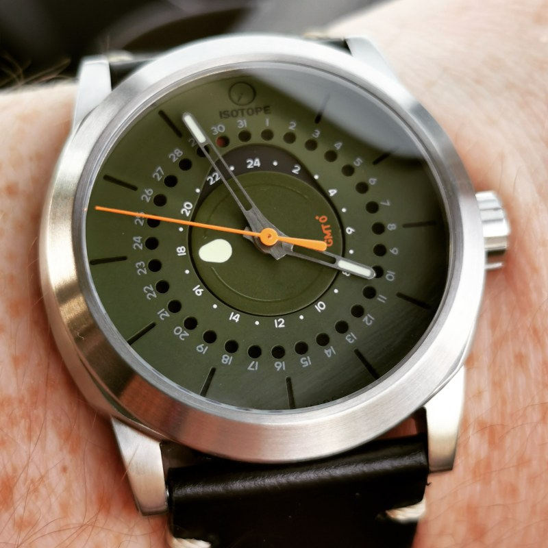Isotope GMT 0° - Watch Junky
