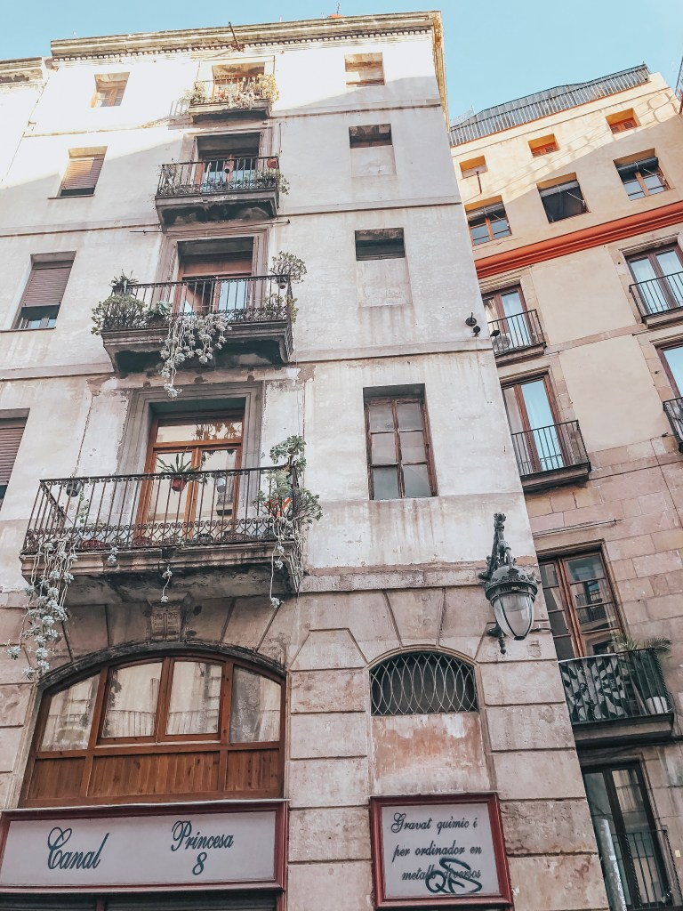 ultimate guide to barcelona spain