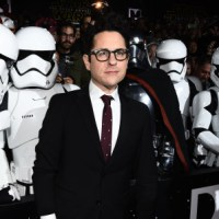 JJ ABRAMS RETURNS TO STAR WARS: It Is As If A Million Voices Cried Out And Were Rewarded!