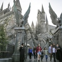 Top 5 Places You NEED to Visit If You're a Harry Potter Fan