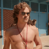 New Stranger Things Season 3 Trailer – Details & Reactions!