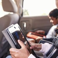 Top 5 Entertainment Items To Bring on a Road Trip
