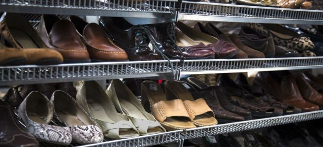 Best Items To Look for When Thrift Shopping